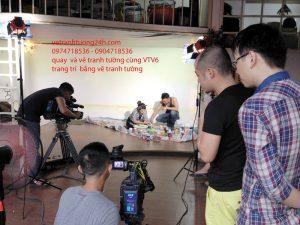 Quay và vẽ tranh tường cùng VTV6 cafe 345 Quan Hoa, Hà Nội